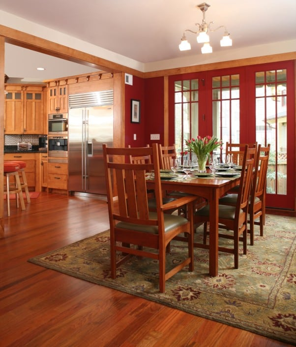 Corner Craftsman Dining Room