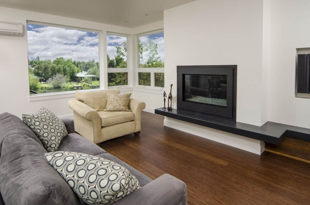 Modern Deschutes Waterfront Living Room