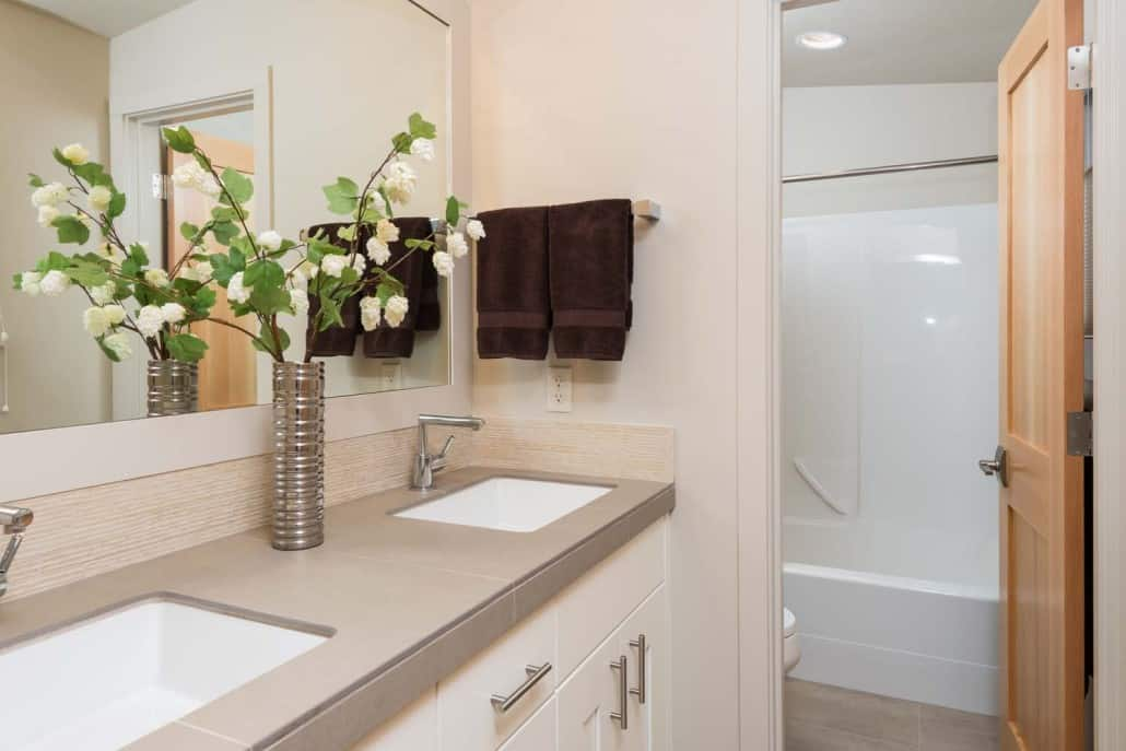 Modern Infill Bathroom