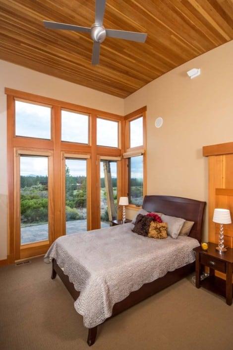 Shevlin Commons Bedroom